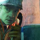 fargo-martin-freeman-01-phone-booth-056